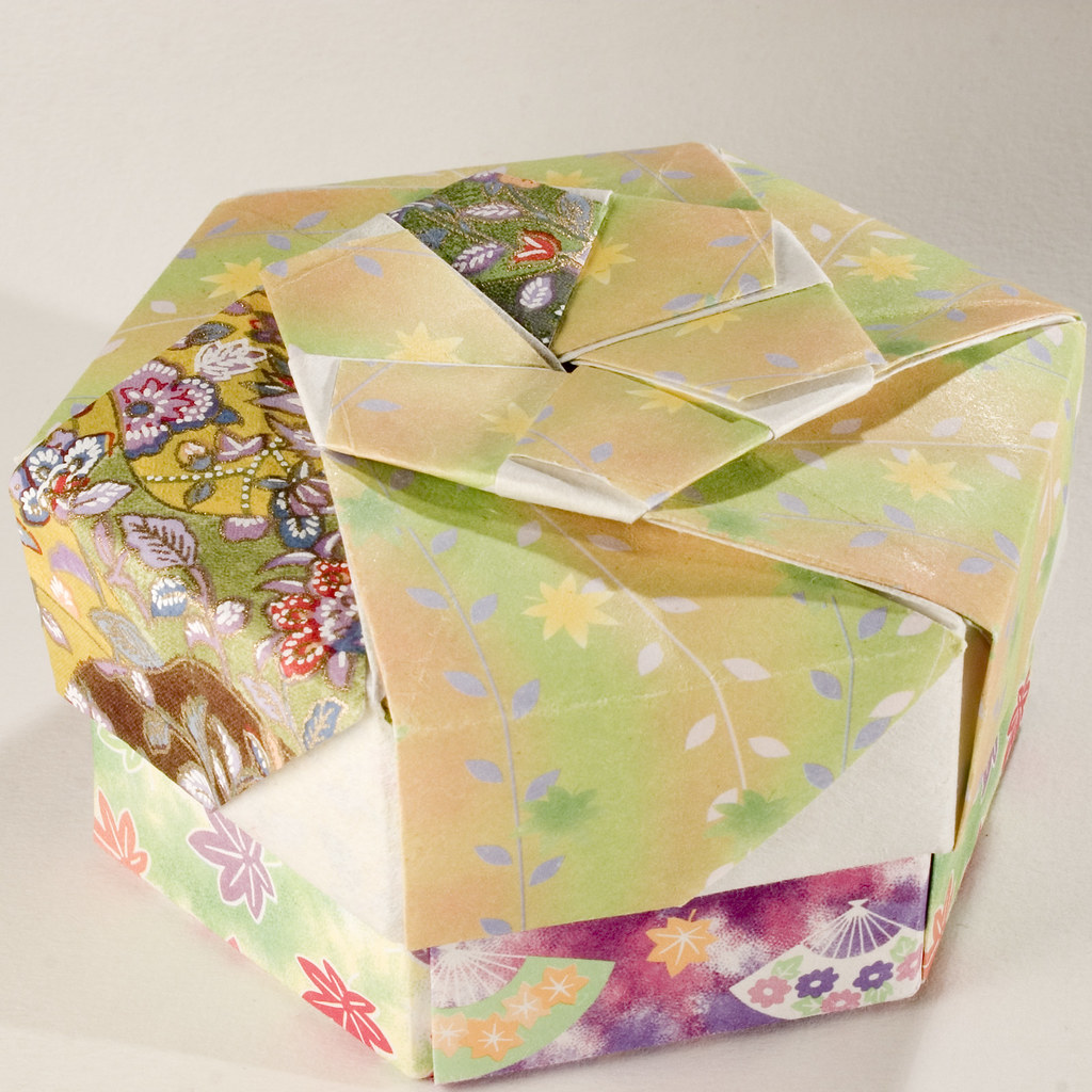 hexagonal origami gift box instructions