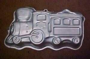 wilton train cake pan instructions